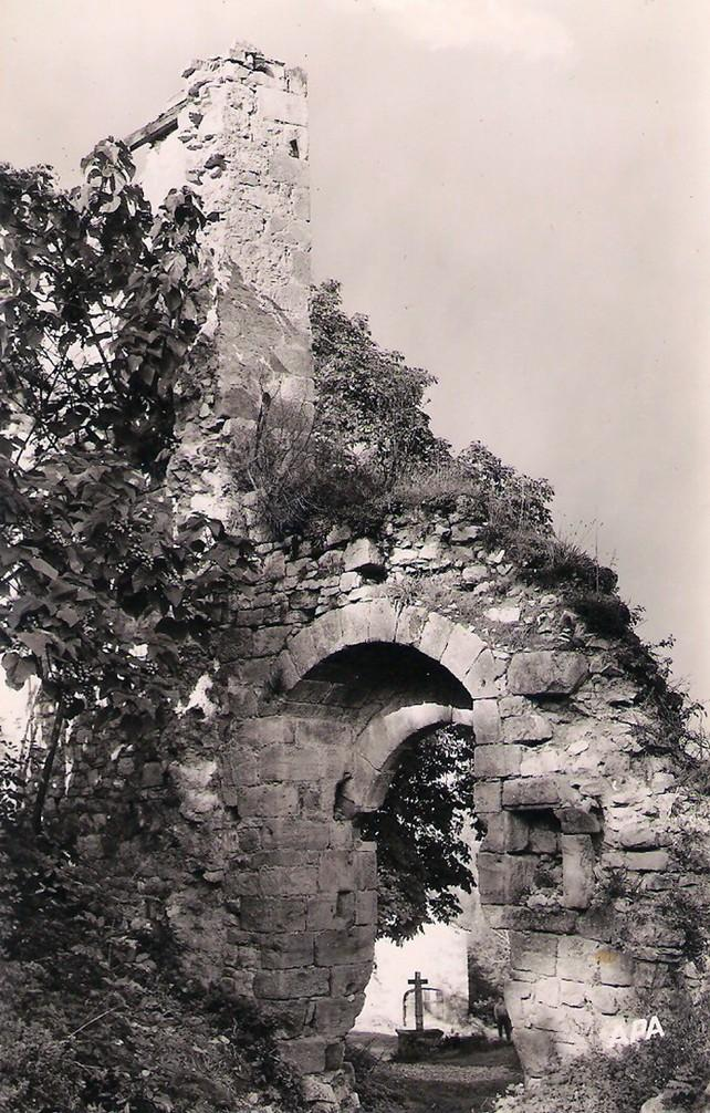 Porte du chateau en 1960